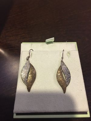 Two tone curved Diamond-shaped Drop Earrings for Sale in Acton, MA