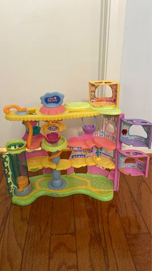 Littlest Pet Shop Swing Set Park for Sale in Palm Beach Gardens, FL