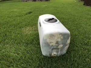 Water tank 40 gal $40.00 for Sale in Houston, TX