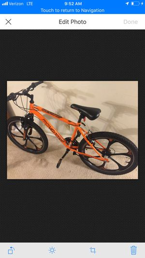 Mongoose Alert 21 speed mountain bike with 24' mag wheels for Sale in Seattle, WA
