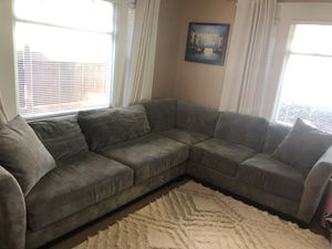 Macy's Grey Sectional Couch 8' x 10' for Sale in Long Beach, CA