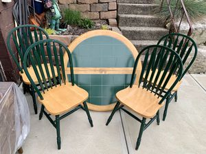 """Pick up today 42"""" round sturdy kitchen dining table + 4 chairs for Sale in Monroeville, PA"""