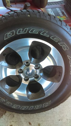 Tire and rim brand new p255/70r18 for Sale in Frostproof, FL
