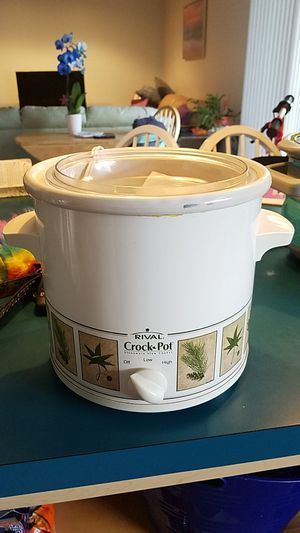 Rival Crock Pot for Sale in Lake Worth, FL