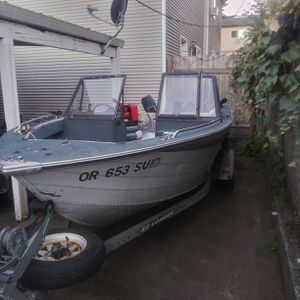 1991 lowe 17 foot for Sale in Portland, OR