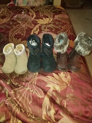 Girls Boots size 4 for Sale in Pocono Lake, PA