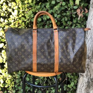 Authentic LOUIS VUITTON LV Monogram DUFFLE KEEPALL 50 Bag for Sale in San Diego, CA