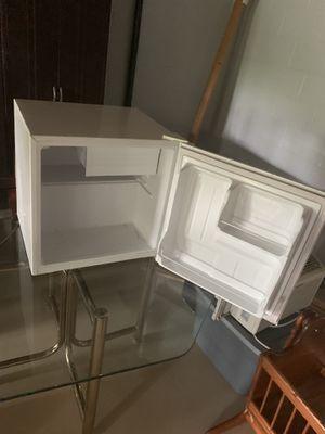 Mini Fridge with Freezer for Sale in McKnight, PA