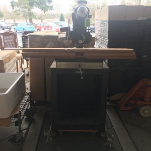 Craftsman Radial Saw for Sale in Bellevue, WA