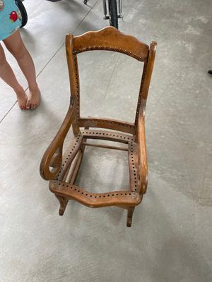 Antique rocking chair for Sale in Bakersfield, CA