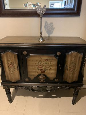End table for Sale in Azusa, CA