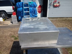 Like new 32 gallon tank aluminum for boat for Sale in East Haven, CT