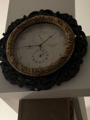 Mirror and Wall clock for Sale in Sterling Heights, MI