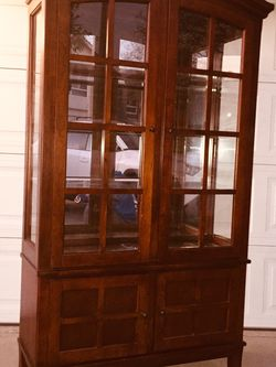 """China cabinet,Glass doors/sides, glass shelves, built-in light. Great condition. Dimensions:depth 16 """"width 43"""" height 74"""" for Sale in Los Alamitos,  CA"""