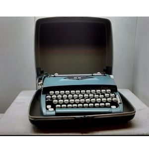 Vintage Sears CitationTypewriter for Sale in Gassaway, WV