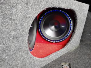 Polk Audio class D Amp and Rockford Fosgate 12in subs in box. Will sell as set or separate. for Sale in Gibsonton, FL