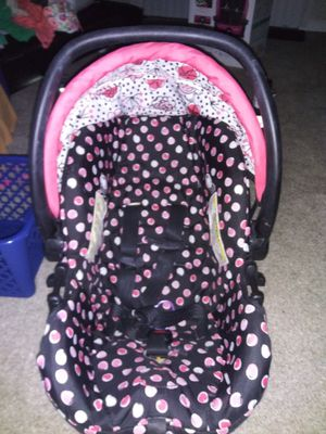 Chicco Minnie Mouse car seat for Sale in Denver, CO