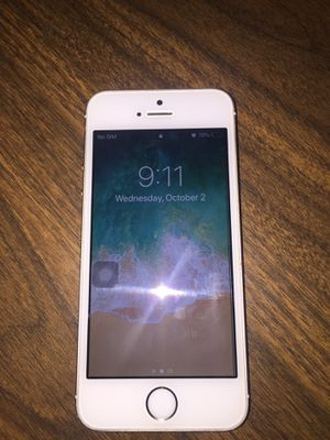 iPhone 5 gold 64gb, unlock for Sale in Seattle, WA