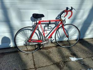 Vintage Schwinn Bike for Sale in Sioux Falls, SD