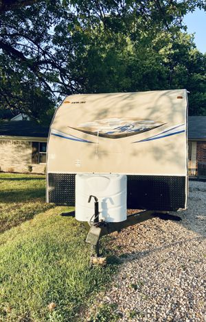 2014 weekender Joey 30ft for Sale in Spring, TX