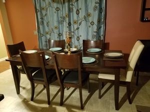 Dining set for Sale in Bartow, FL