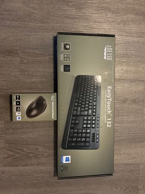 ADESSO Wireless Keyboard with Wireless Optical Scroll Mouse for Sale in Washington, DC