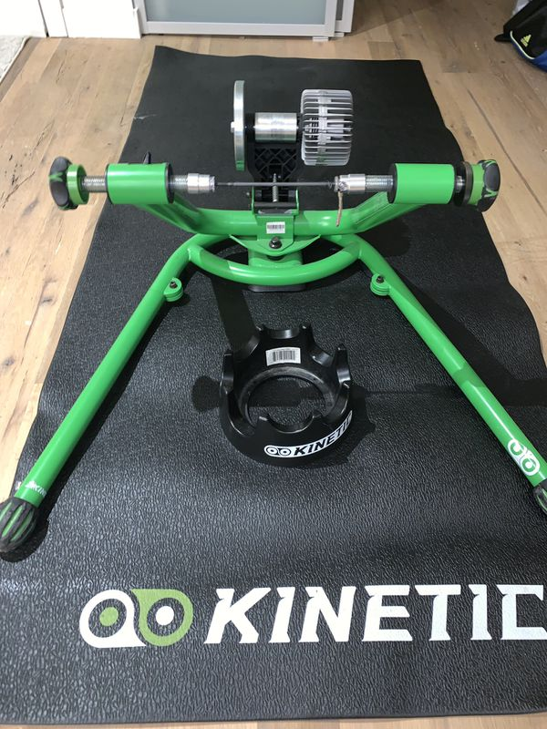 Kinetic Road Machine 2.0 Fluid Indoor Bicycle Trainer GREAT CONDITION