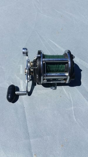 Penn level wind fishing reel for Sale in Los Angeles, CA