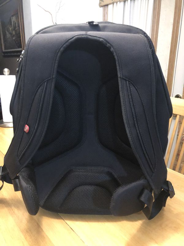 booq Boa Flow XL Backpack For 17-inch Laptops