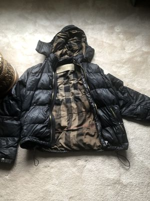 Burberry puffer jacket for Sale in Elgin, IL