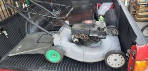 lawn mower for Sale in Canoga Park, CA