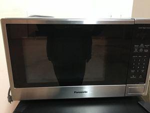 Panasonic mircrowave for Sale in TIMBERCRK CYN, TX