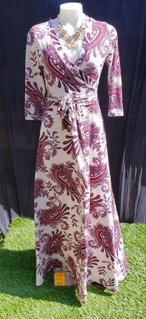 M/L flowly bodycon maxi dress for Sale in Durham, NC