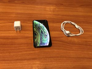 Factory Unlocked IPhone XS 64 GB Good Condition You can use any sim any company for Sale in Escondido, CA