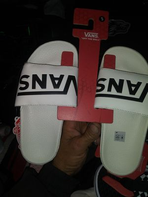 Vans slipp ons new 20 each whit are size 5 black white are size 8 for Sale in UNM, NM