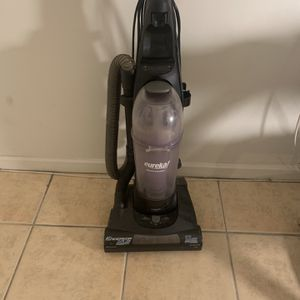 Eureka Pet Vacuum for Sale in Long Beach, CA