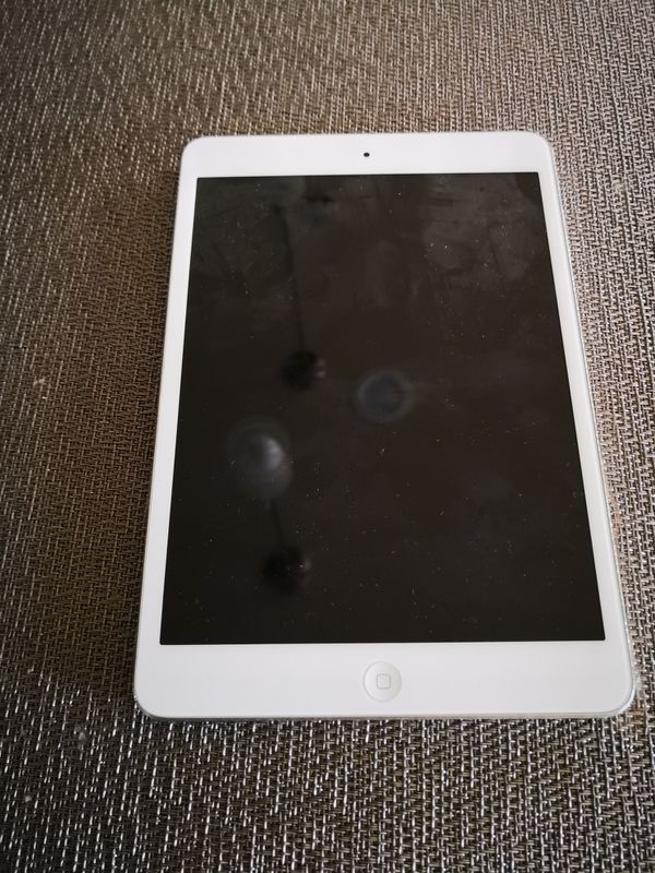 iPad mini, stopped working. Good for parts