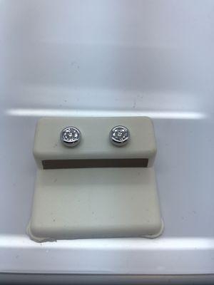 14k White gold Earrings new for Sale in Renton, WA