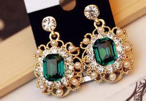 Pearls Vintage Stud Earrings for Sale in Weehawken, NJ