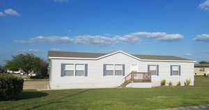 Beautiful 5bed 2ba Manufactured Home! CALL NOW!! for Sale in Austin, TX