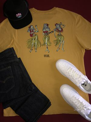 XL Shirts, Hats, and Size 11 Shoes for Sale in GLMN HOT SPGS, CA