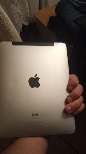 IPad 16GB for Sale in Bayonne, NJ