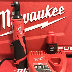"New Milwaukee M12 3/8"" RATCHET WRENCH KIT 2-1.5 Red LITH BATTERYS -Charger Soft Bag RT $200+ $165 No LoBl for Sale in Mesa, AZ"