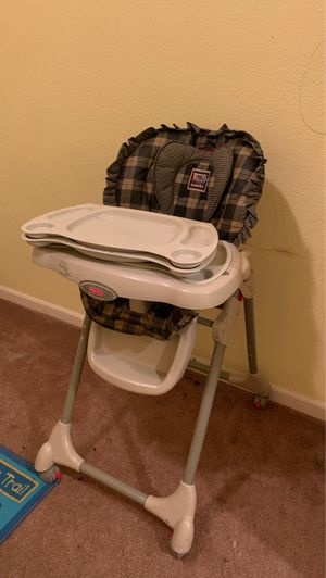 Fisher Price Deluxe Healthy Care High Chair for Sale in Woodland, CA