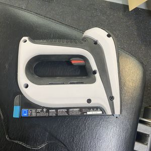 Arrow Cordless Staple Gun for Sale in Sorrento, FL