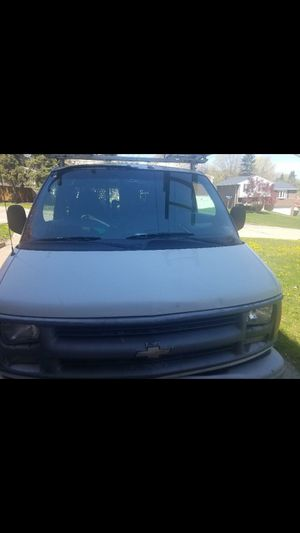 2000 chevy Express 3500 for Sale in Pittsburgh, PA