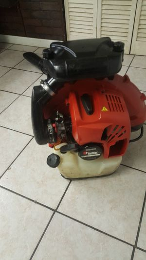Redmax bcz 8500 blower for Sale in Bellwood, IL