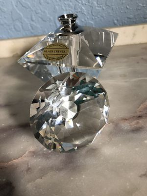 Brand new ! Crystal perfume bottle. for Sale in Tampa, FL