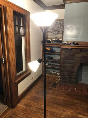 Floor lamp for Sale in Brooklyn, OH