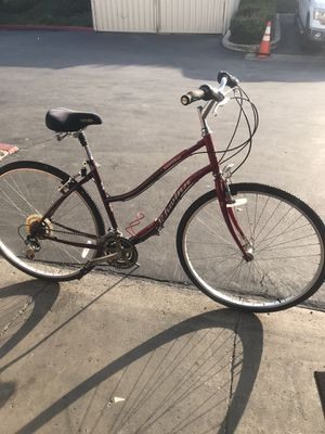 Schwinn Searcher Hibr Bike for Sale in Lake Forest, CA